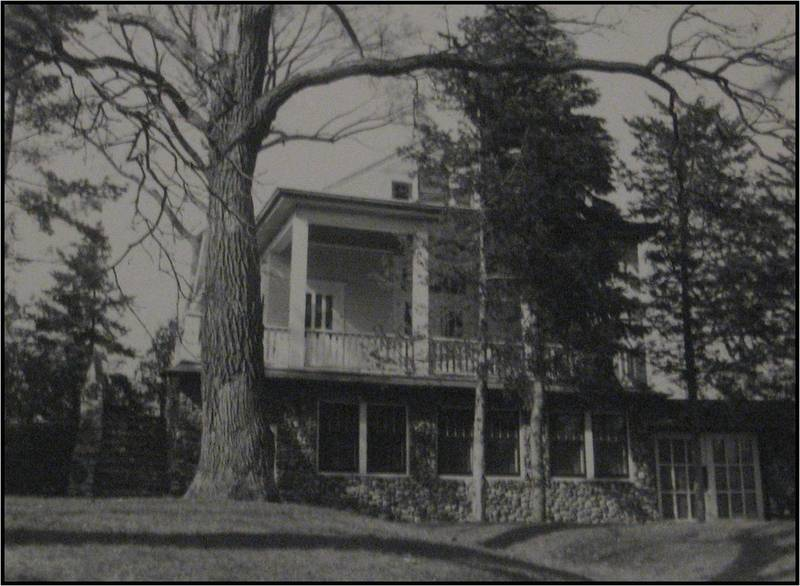 John and Selma Jager house before remodeling