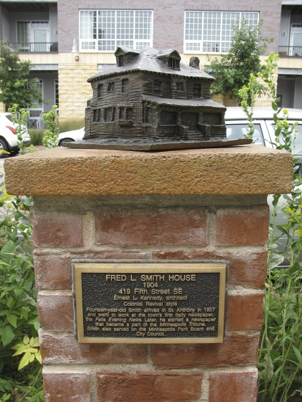 Fred L. Smith House Sculpture