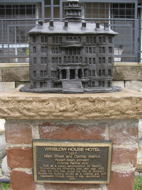 Winslow House Hotel Sculpture