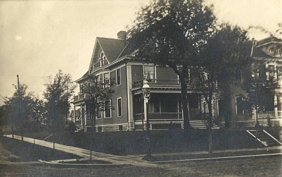 1401 Fremont Avenue ca. 1914